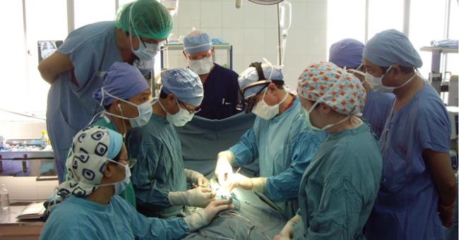 Y tế Việt Nam thời đổi mới