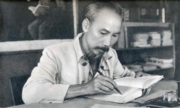 Gặp lại người hát tiễn biệt Bác Hồ trước lúc Người đi xa – BS Nguyễn Đức Kiệt