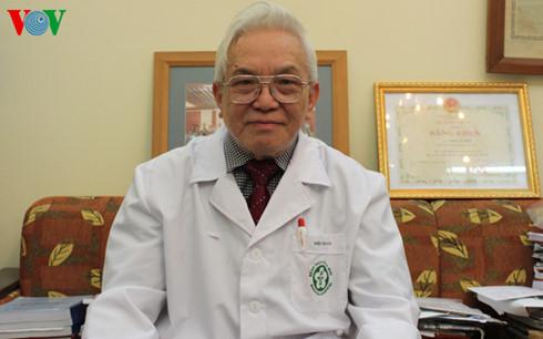 Người thầy thuốc của những trái tim (GS Phạm Gia Khải) – BS Nguyễn Đức Kiệt