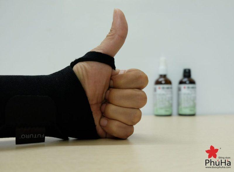 Dùng Tiêu Chấn Thủy đúng cách để chữa bong gân